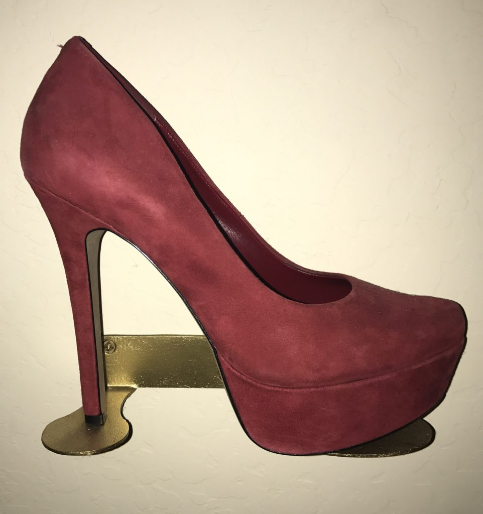 ruby-red-shoe-clock-2